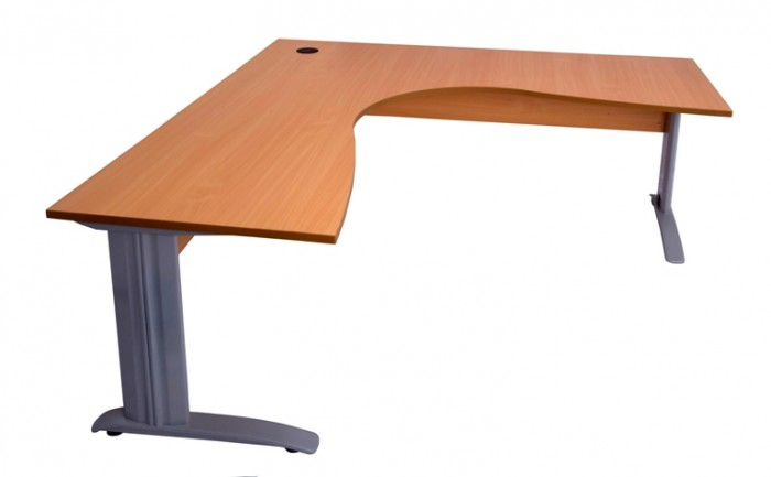 SPAN LEG CORNER WORKSTATION WITH TIMBER MODESTY PANEL