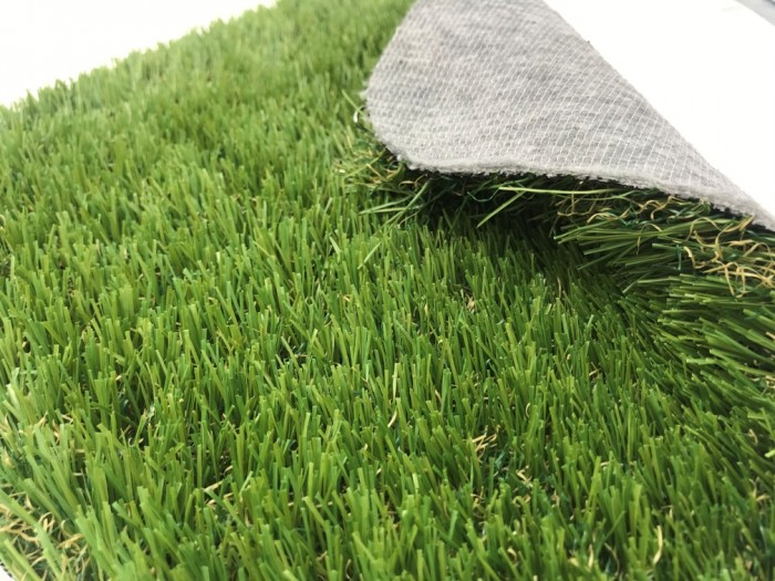 DELUXE ELITE 35MM GRASS ROLL - PRT BACKING